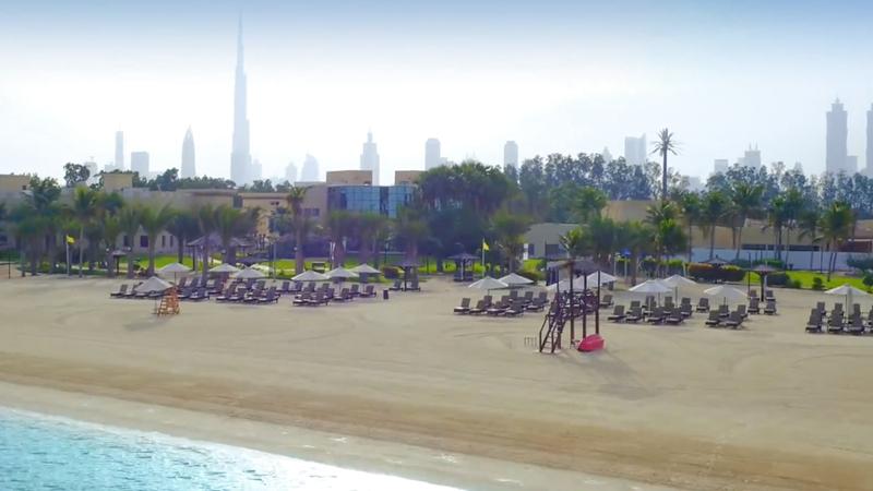 النادي سيتيح للسعوديات الدخول المجاني واستخدام الشاطئ والمرافق الخاصة به.  من المصدر