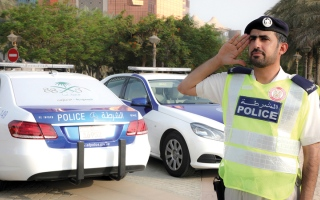 الصورة: «معاً أبداً» تزيّن 88 دورية لشرطة أبوظبي