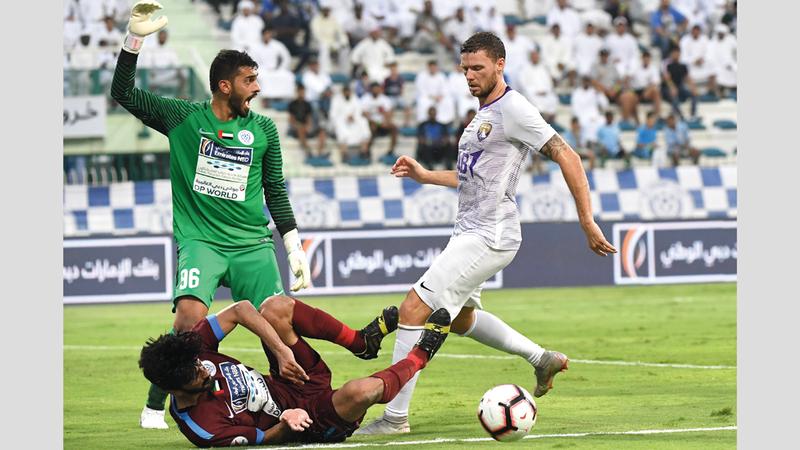 النصر واصل نتائجه المتواضعة في الدوري وخسر أمام العين في الجولة الثالثة. تصوير: أسامة أبوغانم