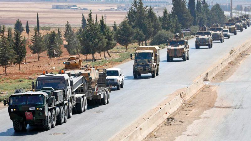 تعزيزات تركية في طريقها إلى إدلب.  أرشيفية