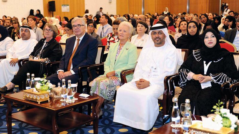 خلال المؤتمر الإقليمي لمجلس التمريض الدولي في أبوظبي. من المصدر