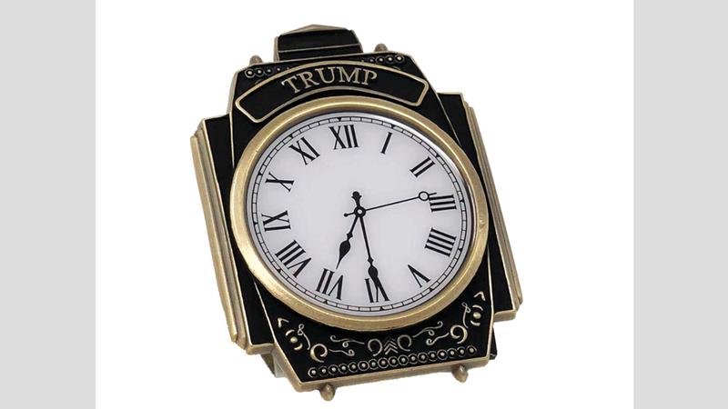 ساعة تحمل اسم ترامب تباع على موقعه الإلكتروني. أرشيفية
