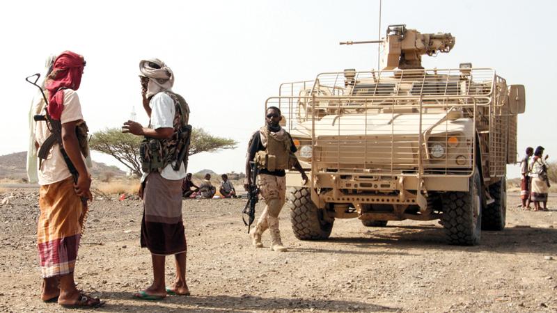 عناصر من قوات الشرعية في إحدى المناطق شمال غرب تعز. أ.ف.ب