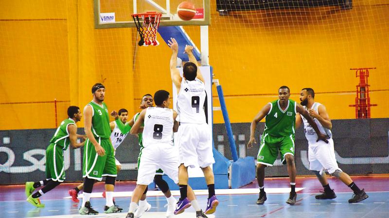 من مشاركة سابقة للمنتخب في البطولات العربية لكرة السلة. من المصدر