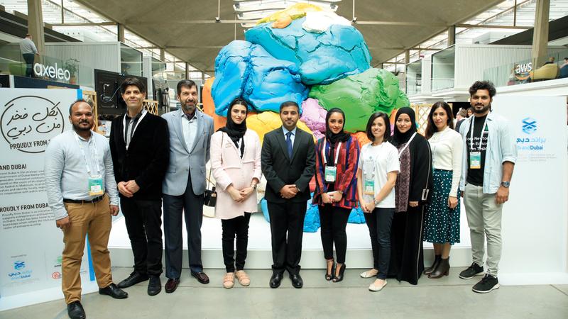 المشاركون من دبي نقلوا تجارب إيجابية عدة تعبّر بوضوح عن المدى المتقدم الذي بلغته الإمارة في دعم قطاعات الأعمال المختلفة.  من المصدر