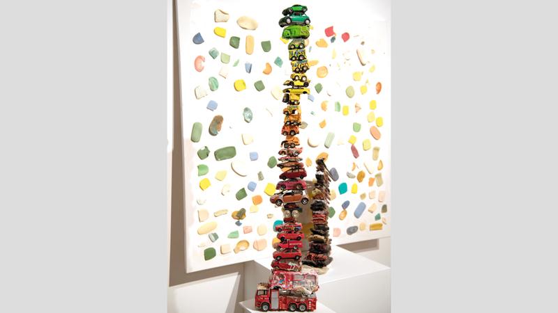 أعمال المعرض تهدف إلى استكشاف مصطلح وفعل الإبادة بأشكاله وتفسيراته المتنوعة.  الإمارات اليوم
