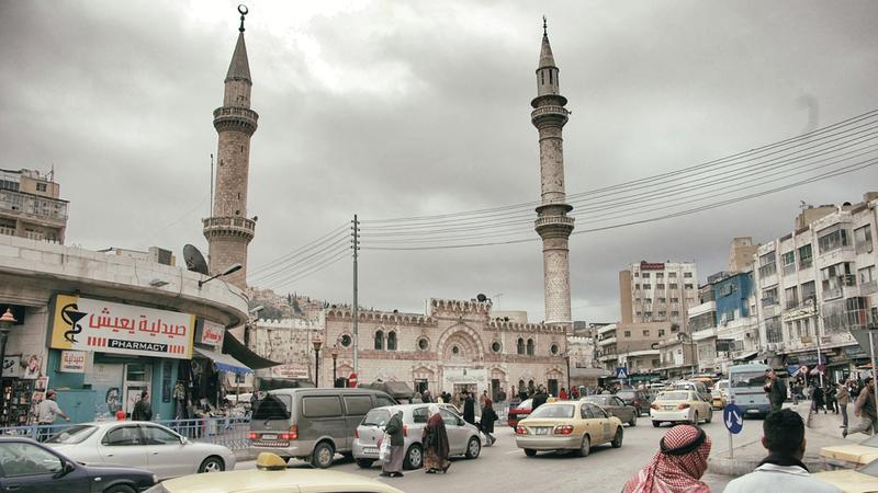 الأردنيون يعانون من ارتفاع الأسعار والتضخم، ولا ينقصهم مشكلات جديدة. ارشيفية