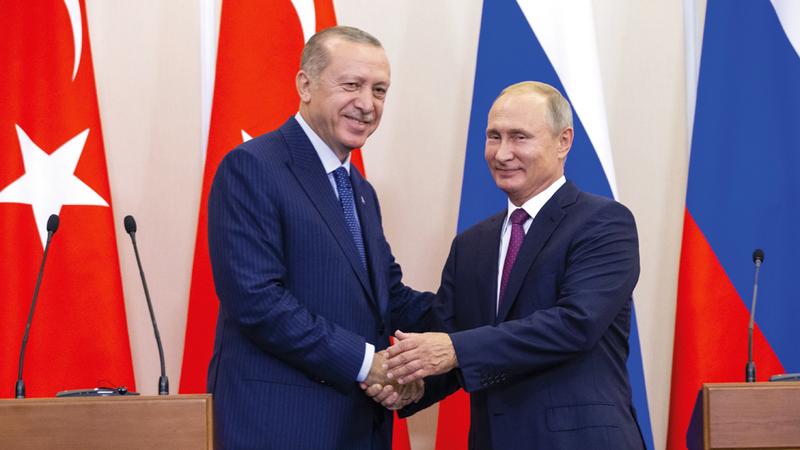 الرئيسان التركي والروسي بعد الاتفاق على وقف إطلاق النار في إدلب. أ.ب