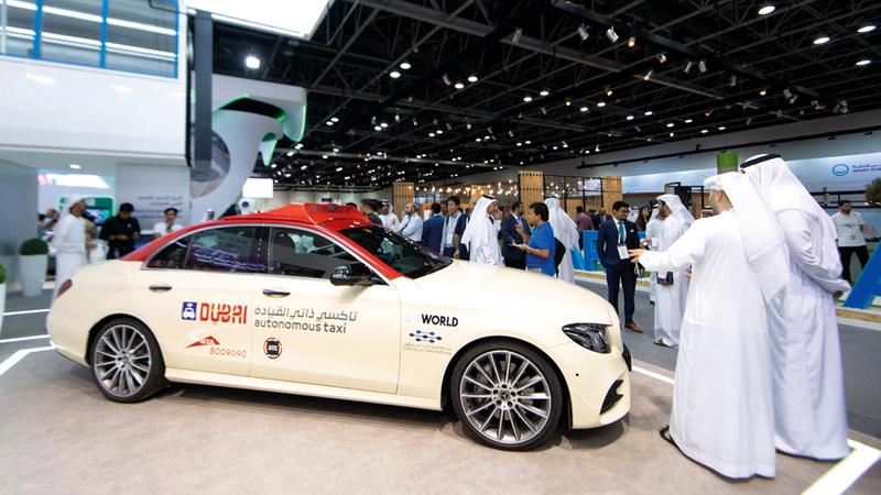 تم تصميم المركبة بالشراكة مع واحة دبي للسيليكون وشركة «دي جي وورلد» لتطبيقات الروبوتات والذكاء الاصطناعي. تصوير: أحمد عرديتي