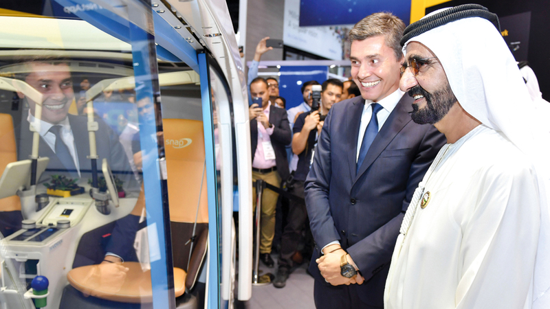 محمد بن راشد التقى مسؤولي شركات عالمية متخصصة في المنتجات والحلول الذكية. وام