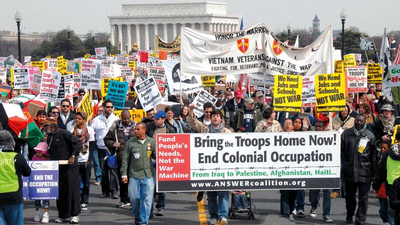 الحكومات الأميركية اتبعت سياسة رفع الضرائب لتمويل الحرب.  أرشيفية