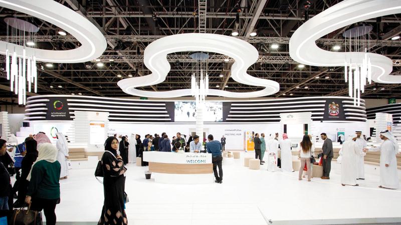 «الهيئة»: التشغيل الفعلي لتقنيات «الجيل الخامس» للمستهلكين بحلول 2020.  الإمارات اليوم