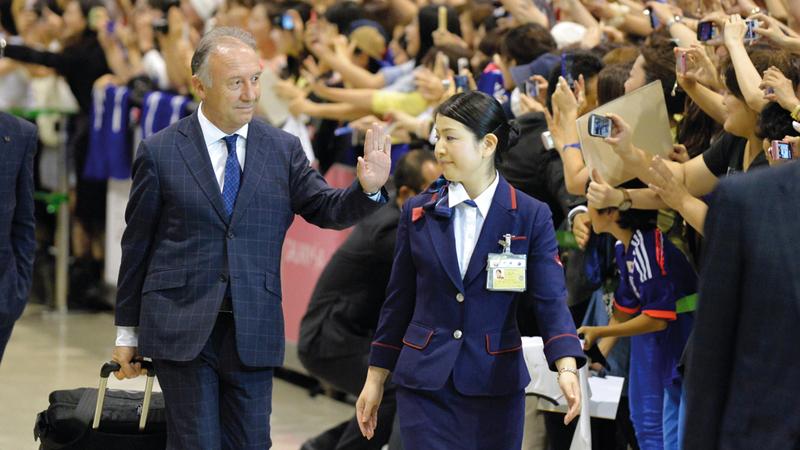 زاكيروني حقق نجاحاً ملفتاً مع المنتخب الياباني وفاز بكأس آسيا 2011. أرشيفية