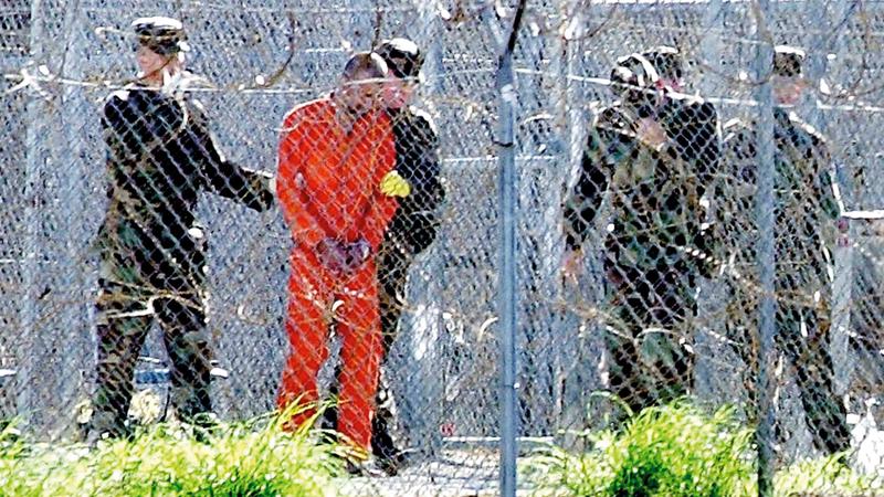 بعض المعتقلين هرموا داخل السجن. أرشيفية