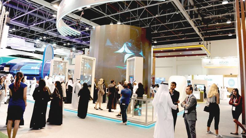 «الهيئة» استعرضت حزمة من تطبيقاتها وخدماتها الذكية خلال مشاركتها في المعرض. وام
