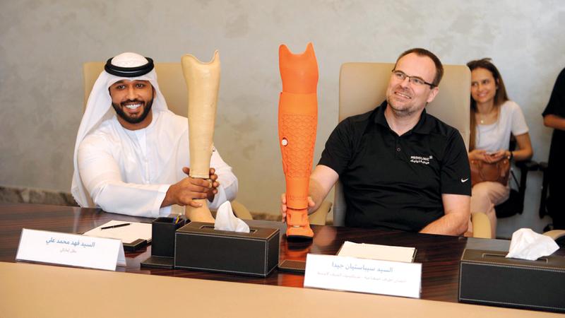 فهد علي أحد أبطال الإمارات في سباقات الكراسي المتحركة لأصحاب الهمم. الإمارات اليوم