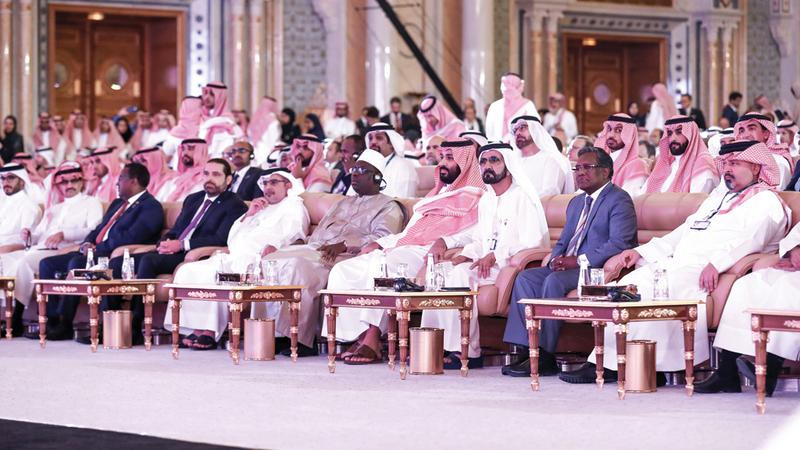 محمد بن راشد ومحمد بن سلمان في منتدى مبادرة مستقبل الاستثمار. من المصدر