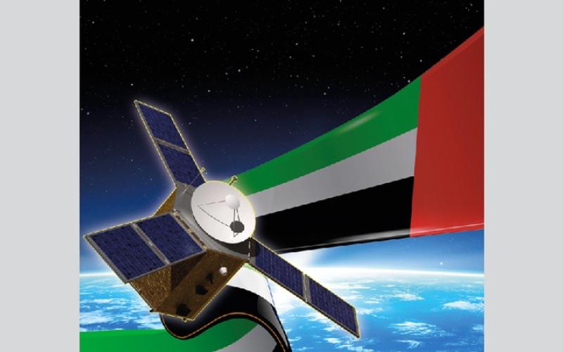 الصورة: ( بالغرافيك ) ...«خليفة سات» يسكن مداره في الفضاء اليوم