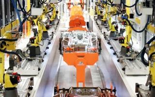 الصورة: شركة لمساعدة العمال ممن  يطردهم «الروبوت»