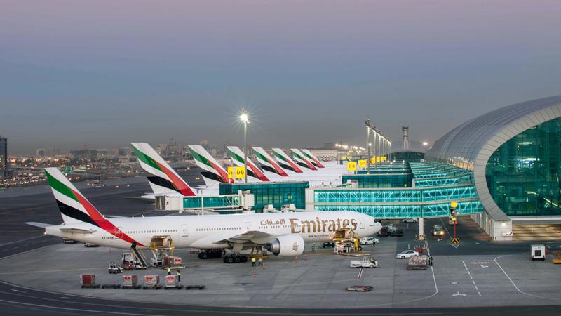 «أو إيه جي»: مطار دبي الدولي أكبر محور للنقل الدولي في العالم من حيث عدد المقاعد المجدولة. أرشيفية