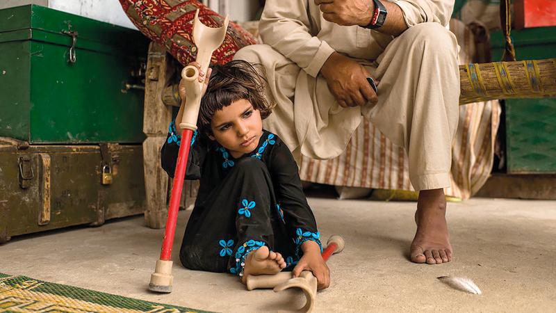 مروة فقدت والدتها وأختها التوأم في الانفجار.  من المصدر