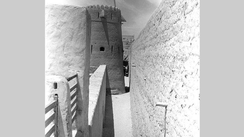 صورة أرشيفية لبرج المراقبة تعود إلى عام 1939. أرشيفية