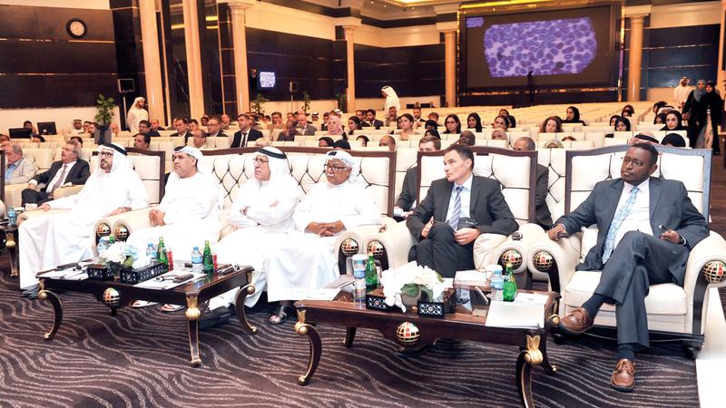 «الشيخ زايد رأى أن الوحدة الخليجية حقيقة واقعة لا مجرد مجاملات شكلية».
