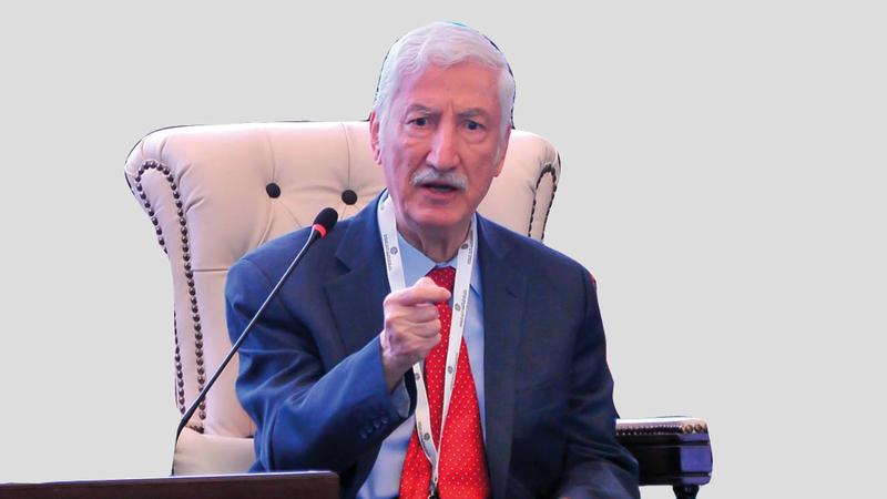 الدكتور نايف علي عبيد: الشيخ زايد أكد أن قضية الجزر الإماراتية التي تحتلها إيران عربية بالدرجة الأولى. من المصدر
