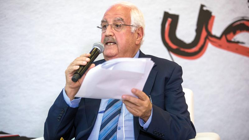 غسان الحسن: «الشيخ زايد أراد لقصائده أن تكون مشبعة بالهم العام».