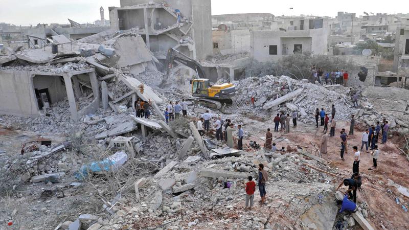 تقديرات تكاليف إعادة بناء ما دمرته الحرب في سورية تصل إلى 400 مليار دولار. أ.ف.ب