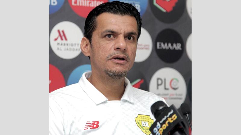 حسن العبدولي: «عندما أختار التشكيلة لا أركز فقط على ثبات الأسماء التي تشارك في المباريات بقدر  الاهتمام باختيار التشكيلة المناسبة لكل مباراة».