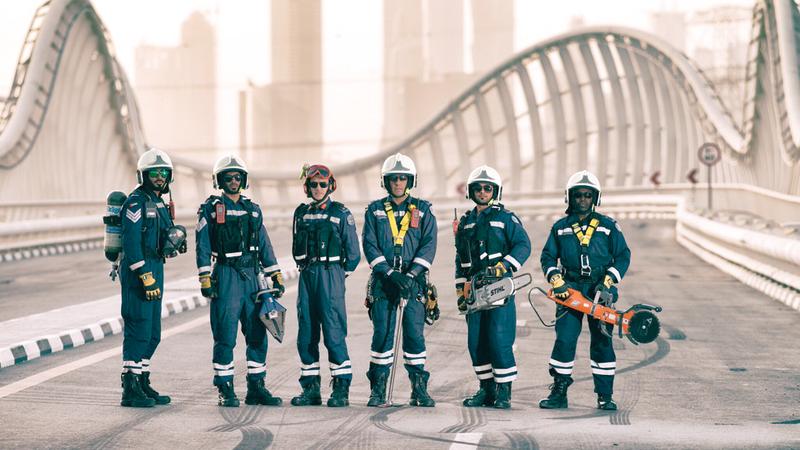 فرق الإنقاذ تصل إلى مكان الحادث خلال 12 دقيقة من ورود البلاغ.  من المصدر