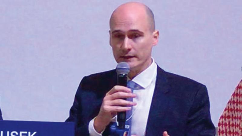 ميرك دوشيك: «المنتدى الاقتصادي العالمي سيواصل العمل مع حكومة دولة الإمارات لتعزيز الشراكة بين الجانبين».