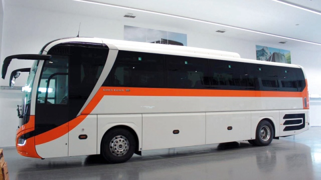 22 modern buses enter service at the end of this year in