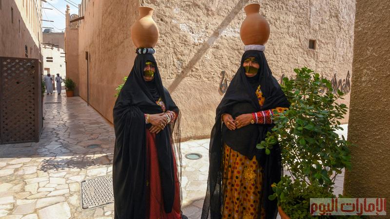 أطلقت هيئة دبي للثقافة والفنون النسخة الأولى من مهرجان الفخار الثقافي في حي الفهيدي التاريخي