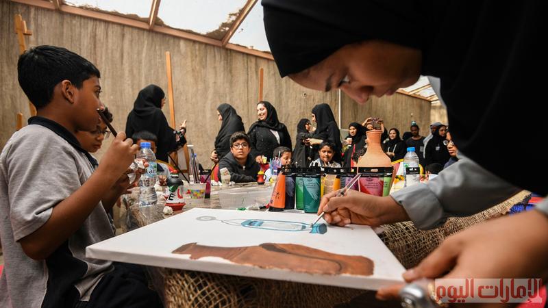 ويشكل المهرجان إطلالة على جماليات هذه المهنة من صناعة اواني الخاصة لمياه الشرب أو للأطعمة أو المباخر.