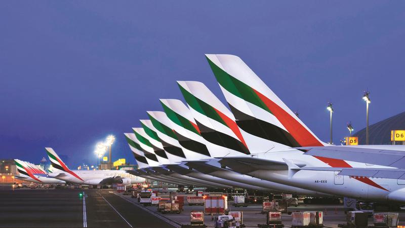 «طيران الإمارات» تشغل أسطولاً من 270 طائرة تسيّر رحلاتها إلى 160 محطة. أرشيفية