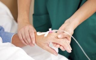 الصورة: «صحة أبوظبي»: 5 مخاطر سلوكية   وراء الإصابة بالسرطان