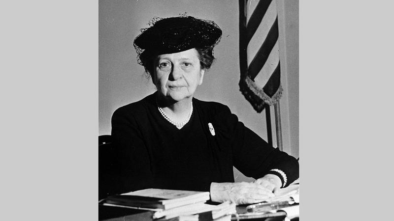 فرانسيس بيركنز أول وزيرة في تاريخ أميركا.  أرشيفية