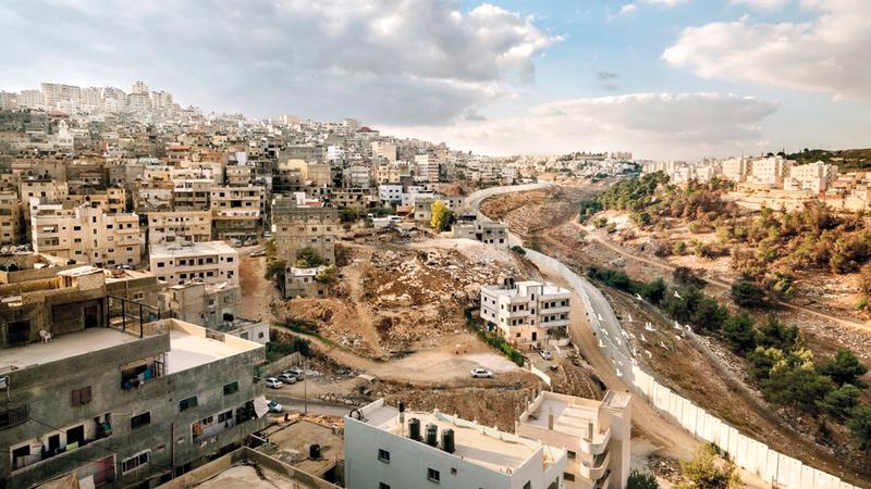 إسرائيل صادرت 3800 دونم من مساحة أراضي شعفاط البالغة 5500 دونم.  الإمارات اليوم