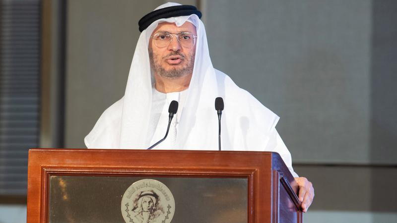 أنور قرقاش: «احتفاء الإمارات بـ(عام زايد) هو احتفاء بشخصية استثنائية، كان لها السبق في تأسيس الاتحاد».
