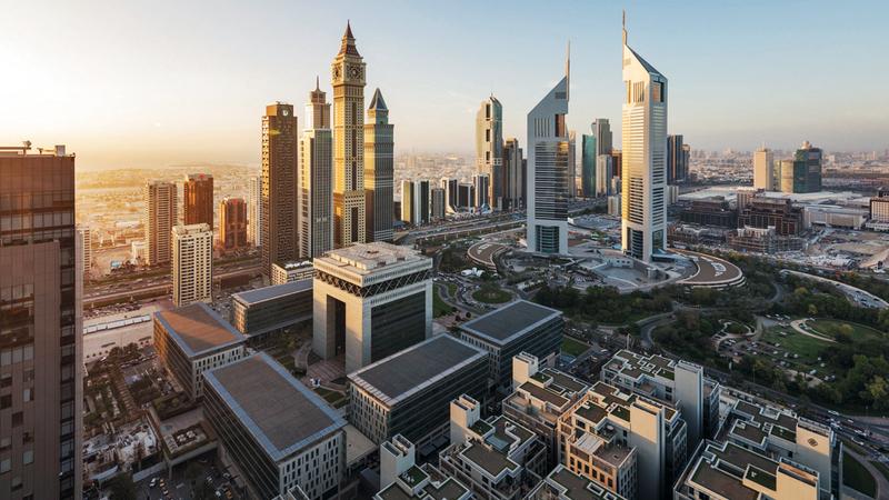 الإمارات أوجدت حالة من التوازن الاقتصادي وقللت الاعتماد على النفط. أرشيفية