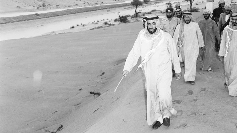 الشيخ زايد اتجه إلى بناء مدن جديدة متكاملة الخدمات والمرافق في منطقة الظفرة. أرشيفية