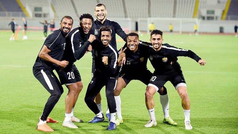 نجوم العين جاهزون للتحدي في كأس العالم للأندية وتشريف الكرة الإماراتية. من المصدر