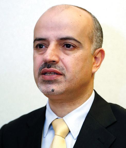جمال عجاج:  «قطاع الوساطة  المالية لا يُشكل أولوية  بالنسبة للعديد من  الشباب المواطنين».