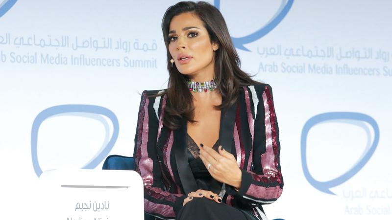 نادين رفضت أن يكون استثمار النجاح جزءاً من «تسليع» المرأة. تصوير: أحمد عرديتي