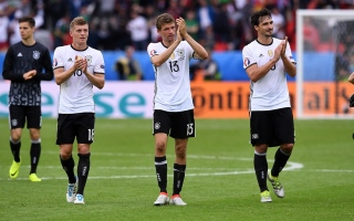 """الصورة: ألمانيا ترفض تغيير اسم """"المانشافت"""""""