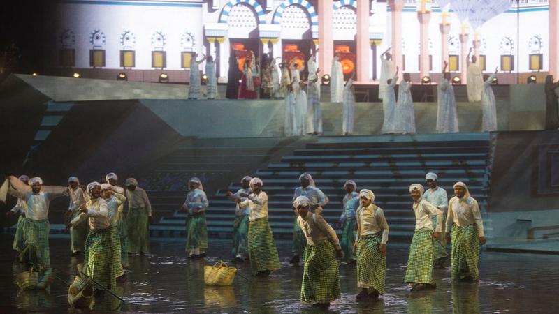 «الجنادرية» أكبر مهرجان ثقافي سعودي يحاكي تاريخ وحاضر ومستقبل المملكة.  وام وواس