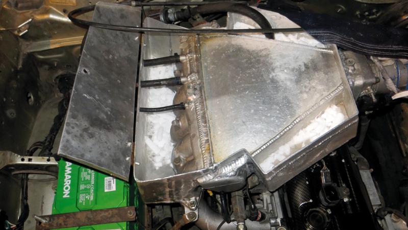 تعديل رأس المحرك وإضافة ثلج لتبريده.  الإمارات اليوم