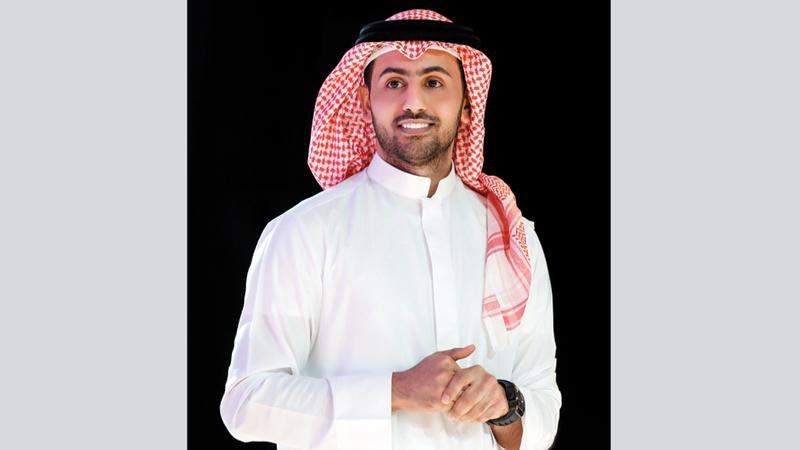فؤاد عبدالواحد يشارك في حفل مهرجان الشيخ زايد التراثي.  من المصدر